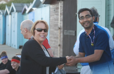 Diagrama Foundation: Edensor Care Centre manager Alison Brown awards care team leader Muhammed Neeliyath with his medal