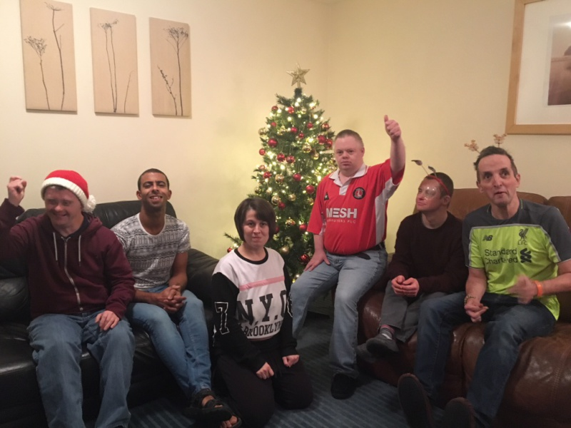 Diagrama Foundation: The Cabrini House residents celebrate their hard work decorating the house.
